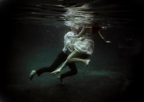 Underwater-Love-Story-7